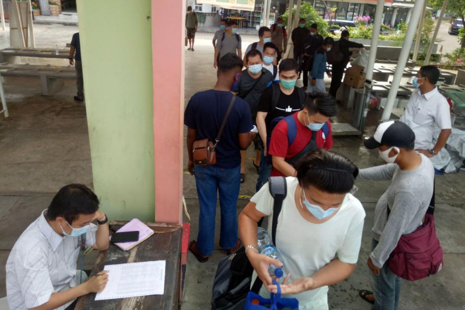 PSBB Transisi Diperpanjang, Penumpang Kapal di Dermaga Marina Ancol Berkurang-1