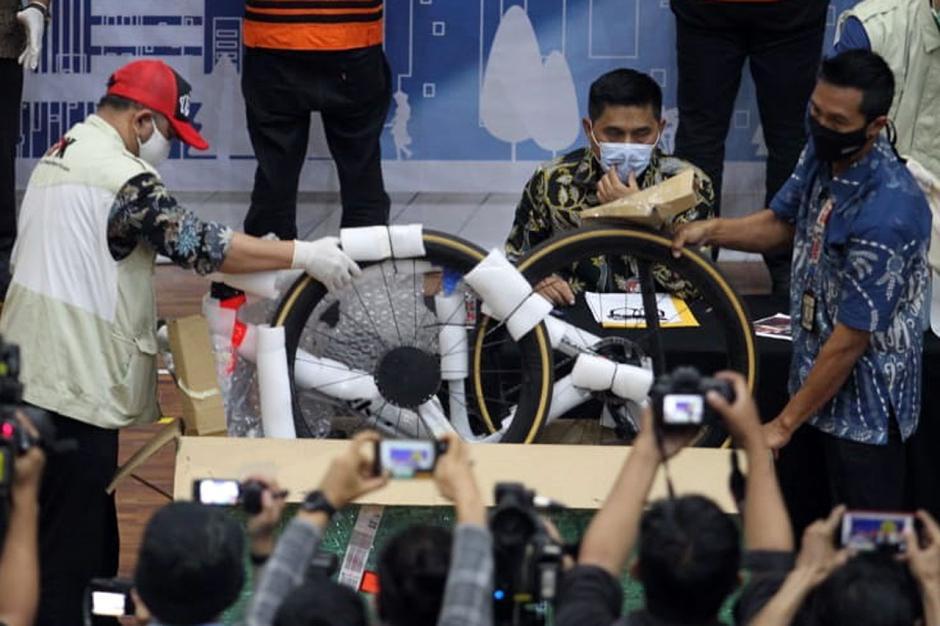 Selain Edhy Prabowo, KPK Tangkap 16 Orang Lainnya-3