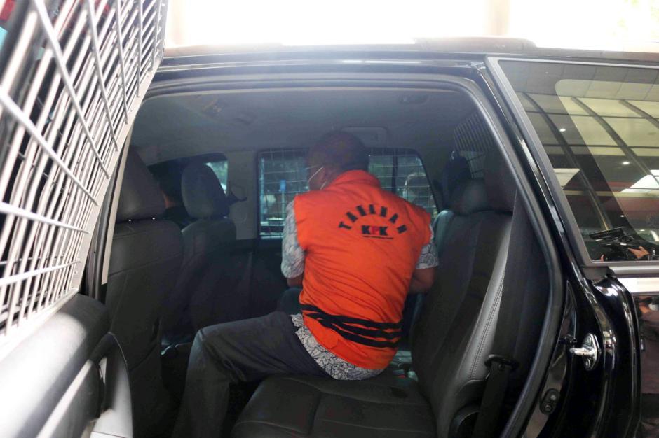 KPK Lanjutkan Pemeriksaan Kepala BPPD Labuhanbatu Utara Agusman Sinaga-1