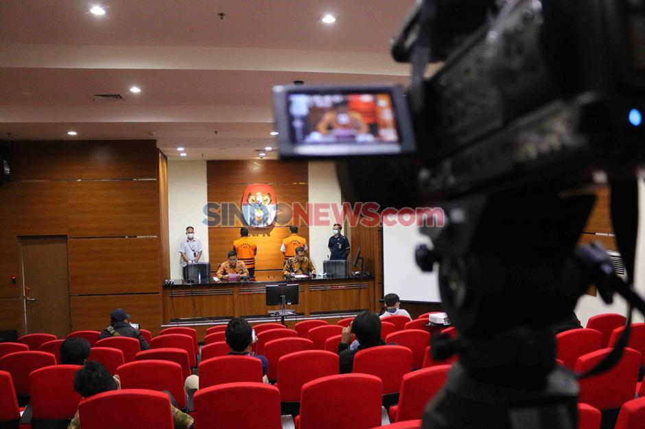 Andreau Pribadi Misata Stafsus Edhy Prabowo dan Bos ACK Amiril Mukminin Menyerahkan Diri ke KPK-4