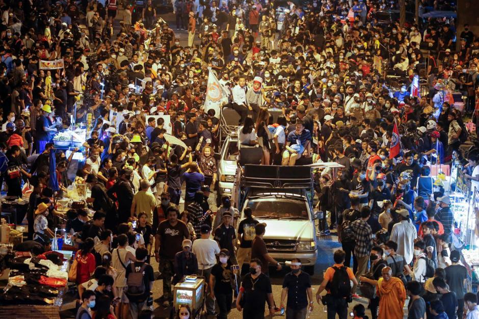 Desak PM Prayuth Mundur, Aksi Unjuk Rasa di Thailand Terus Berlanjut-0