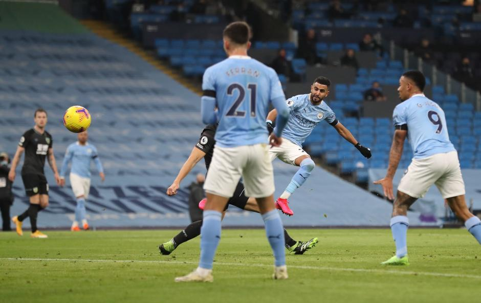 Menjamu Burnley, Manchester City Pesta Gol 5-0-1