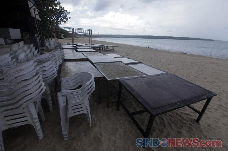 Begini Penampakan Pantai Jimbaran di Kala Sepi Akibat Pandemi-1