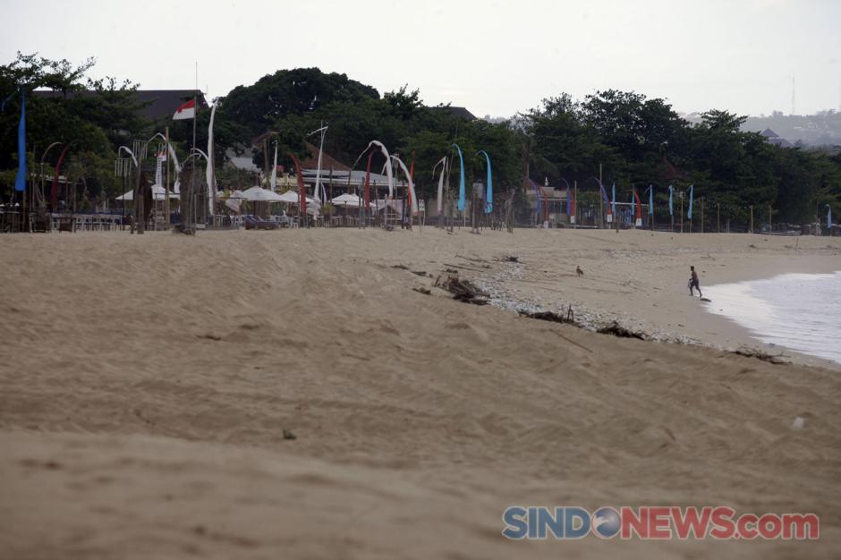 Begini Penampakan Pantai Jimbaran di Kala Sepi Akibat Pandemi-6