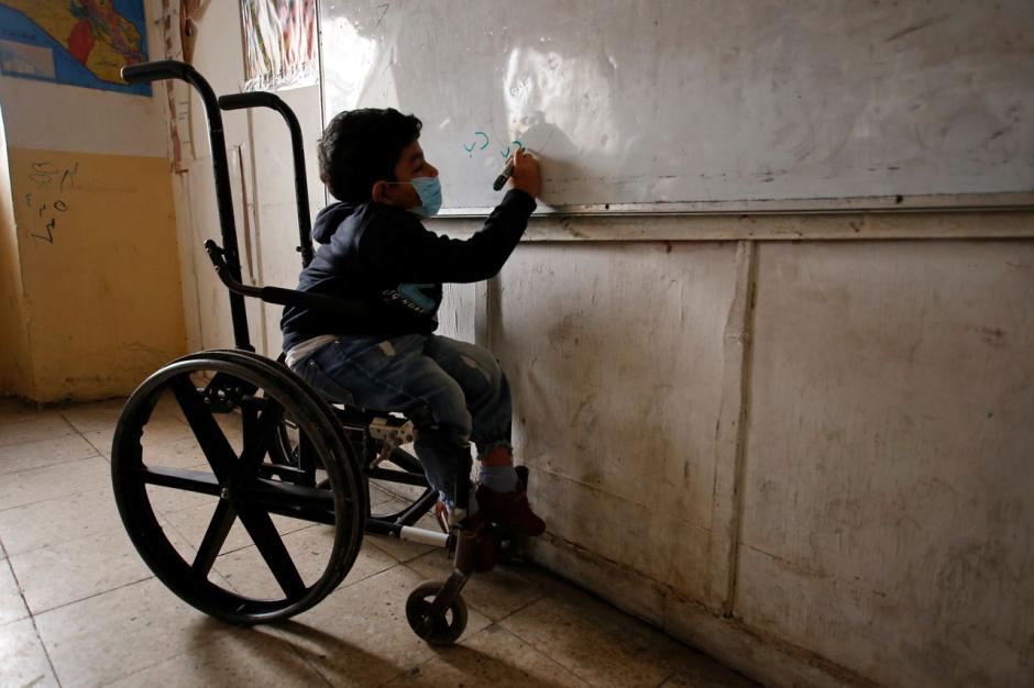 Berbulan-bulan Tutup, Sekolah di Iraq Kembali Dibuka-0