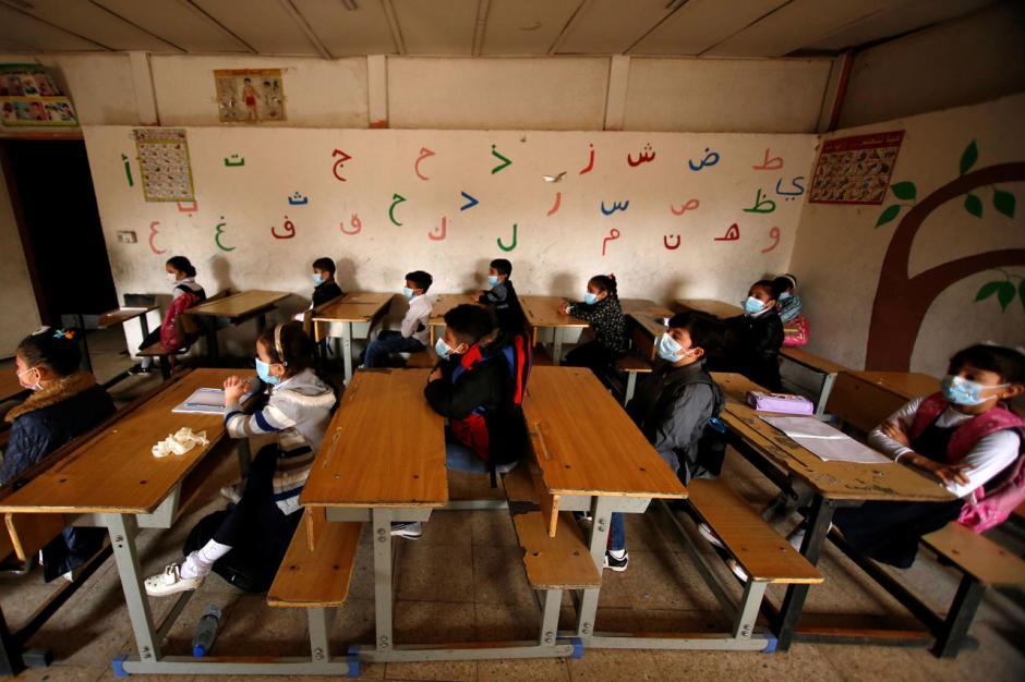 Berbulan-bulan Tutup, Sekolah di Iraq Kembali Dibuka-1