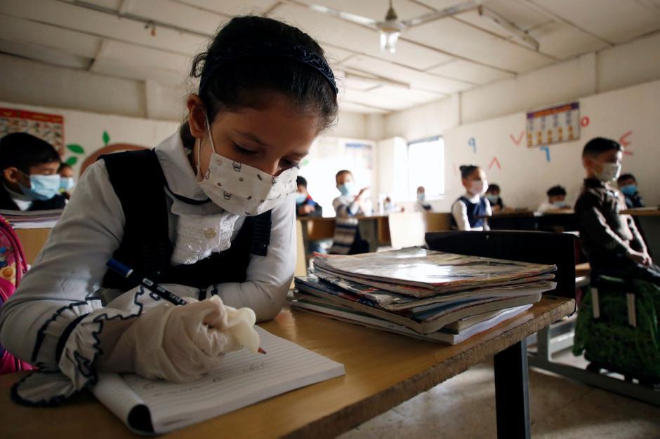 Berbulan-bulan Tutup, Sekolah di Iraq Kembali Dibuka-3
