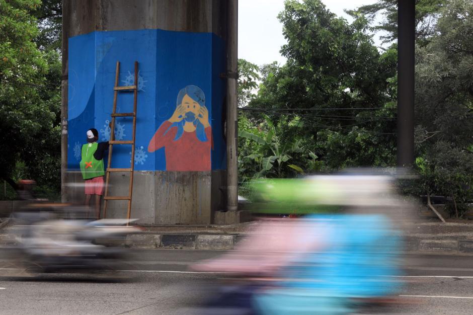 100 Tiang Jalan Tol di DKI Akan Dihiasi dengan Mural Covid-19-1