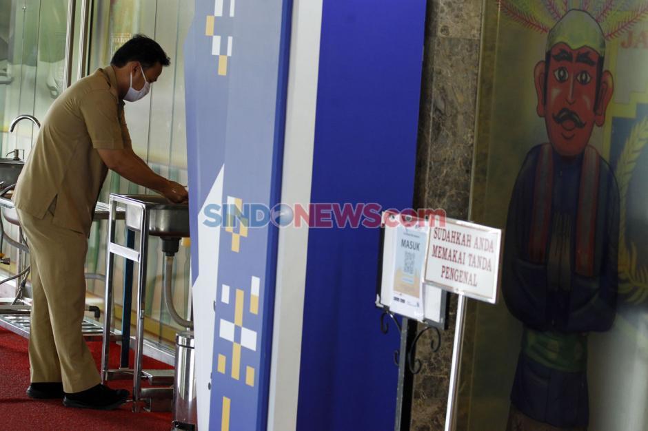 Anies Baswedan Positif Covid-19, Kantor Gubernur di Balai Kota Ditutup Sementara-2