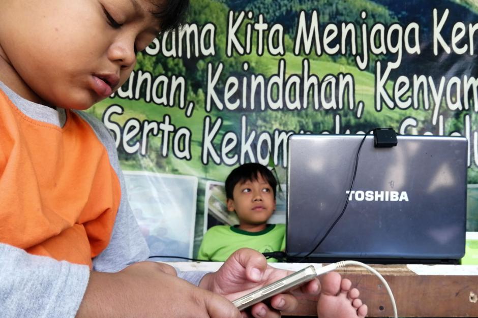 Pemkot Tangerang Berikan Fasilitas Internet Gratis untuk Siswa Melalui RW Net-0