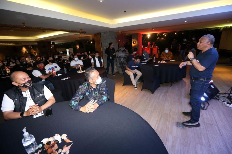Peserta Mister Aladin Road Trip Protokol CHSE Big Max Indonesia Ikuti Gala Dinner-2