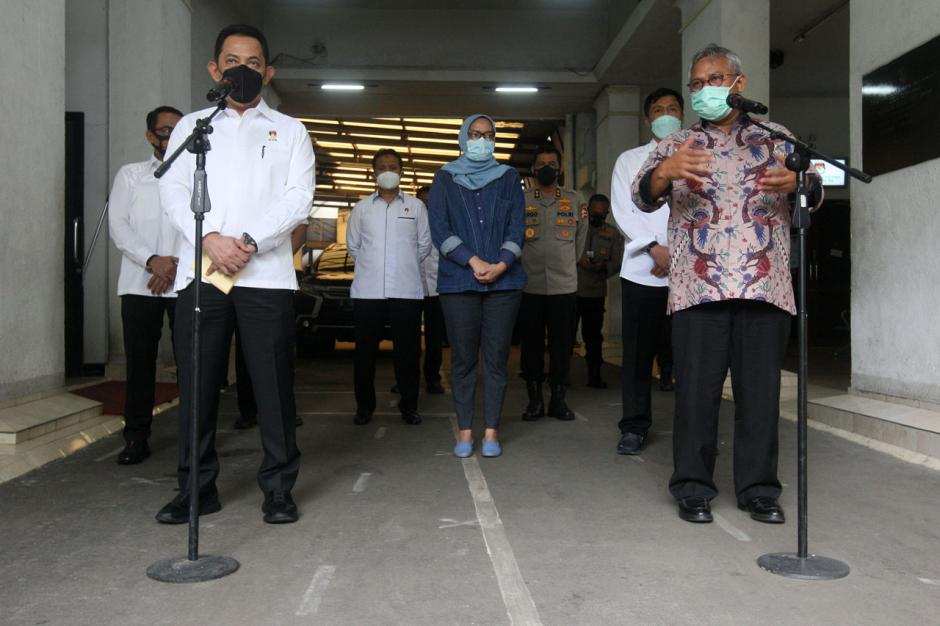 Bahas Pengamanan Pilkada Serentak, Kabareskrim Polri Temui Ketua KPU-4