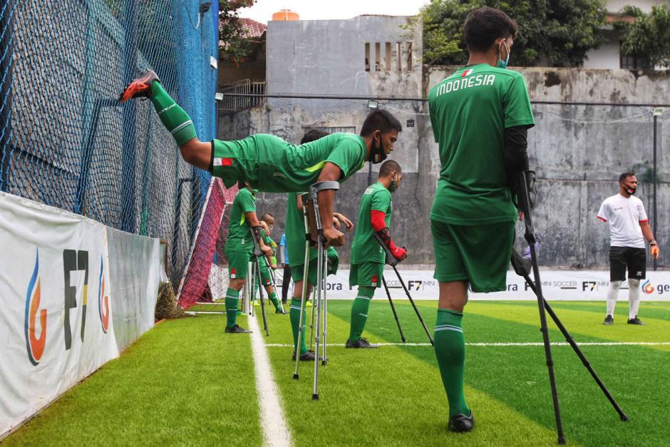 Peringati Hari Disabilitas Internasional, Tim Garuda Indonesia Amputee Football Gelar Latihan Bersama-2