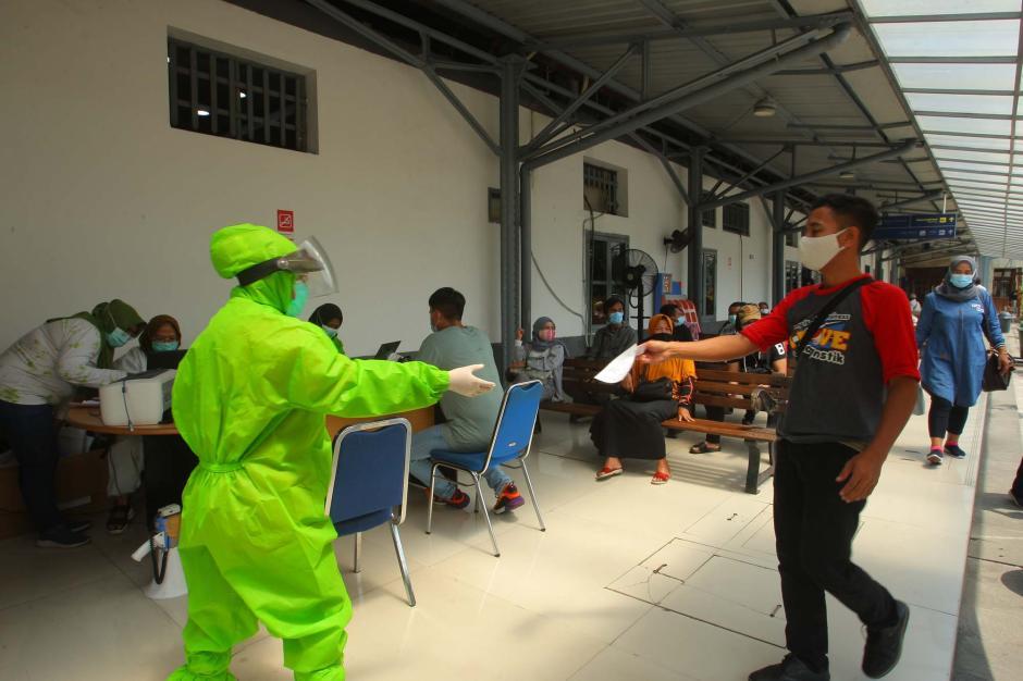 Stasiun Poncol Semarang Layani Rapid Test Antigen-0