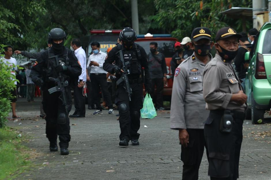 Melawan Saat Ditangkap, Densus 88 Tembak Mati Dua Terduga Teroris JAD di Makassar-8