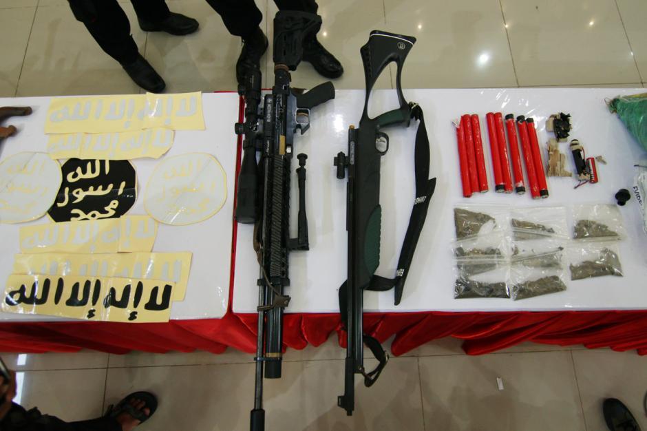 Polisi Tangkap 20 Terduga Teroris JAD di Makassar, Dua Tewas Ditembak-3
