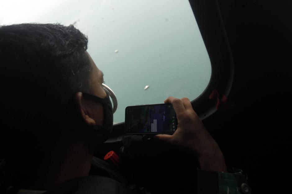 TNI AU Temukan Tumpahan Minyak yang Diduga Berasal dari Pesawat Sriwijaya SJ182-0