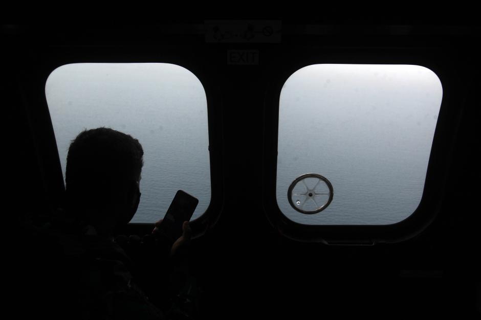 TNI AU Temukan Tumpahan Minyak yang Diduga Berasal dari Pesawat Sriwijaya SJ182-11