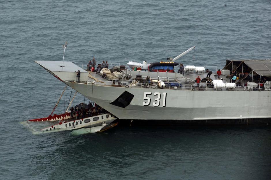 Basarnas Kerahkan Segala Kemampuan untuk Temukan Pesawat Sriwijaya Air SJ182-0
