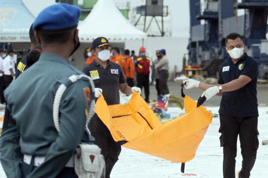 Hari Ini Basarnas Temukan Lebih Banyak Lagi Jenazah Korban Sriwijaya Air SJ182-3