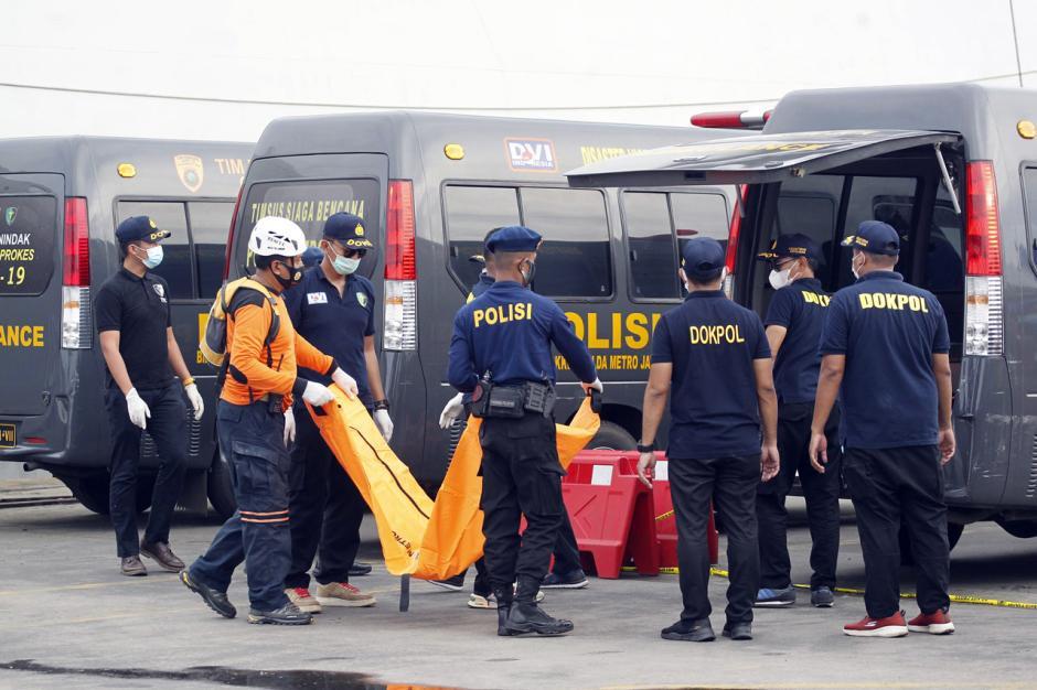 Hari Ini Basarnas Temukan Lebih Banyak Lagi Jenazah Korban Sriwijaya Air SJ182-5