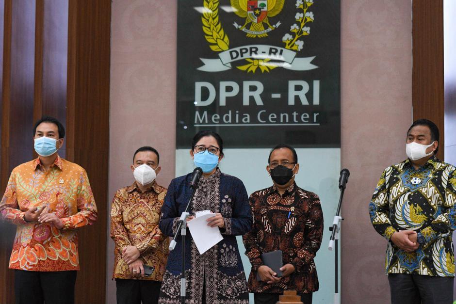 Presiden Jokowi Ajukan Komjen Pol Listyo Sigit Prabowo Sebagai Calon Kapolri ke DPR-0