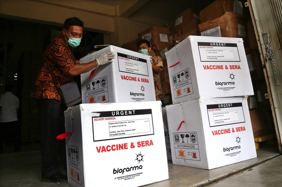 Vaksin Covid-19 Mulai Didistribusikan ke Kota dan Kabupaten di Jawa Timur-5