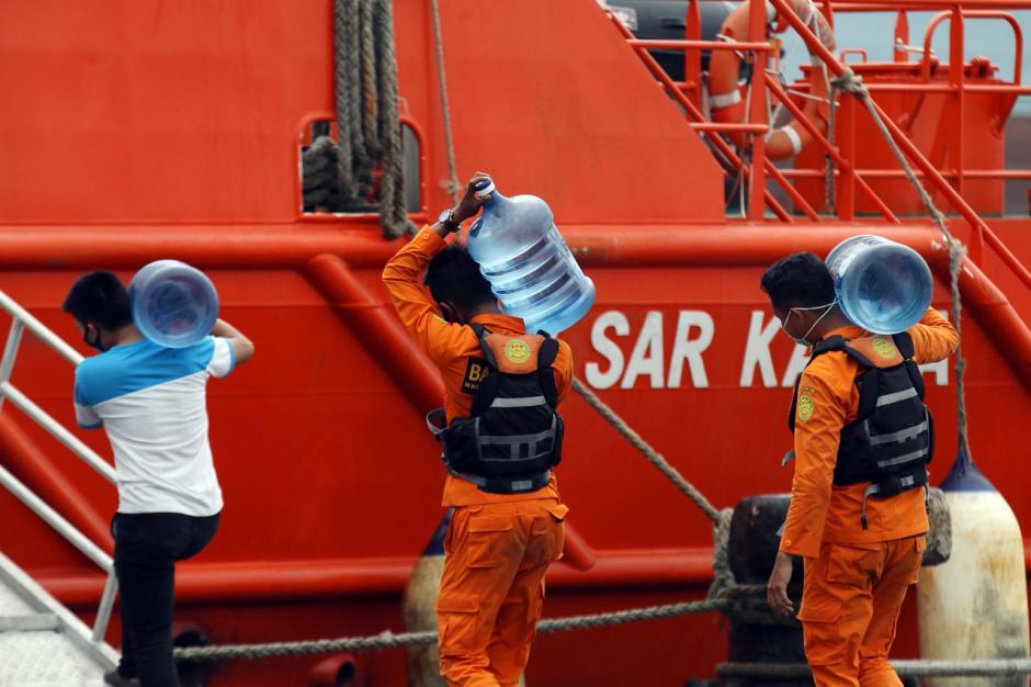 Basarnas Terus Lakukan Pencarian CVR Sriwijaya Air SJ182-6