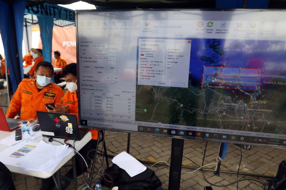 Basarnas Terus Lakukan Pencarian CVR Sriwijaya Air SJ182-1