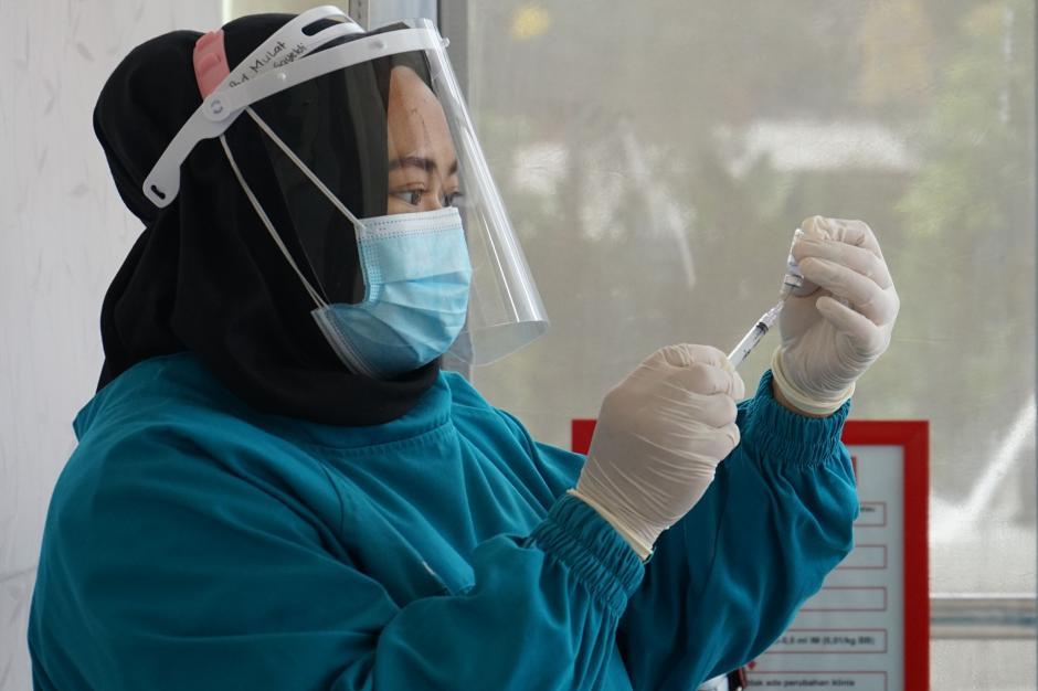 Puskesmas di wilayah Jabodetabek Mulai Melaksanakan Vaksinasi Covid-19-1