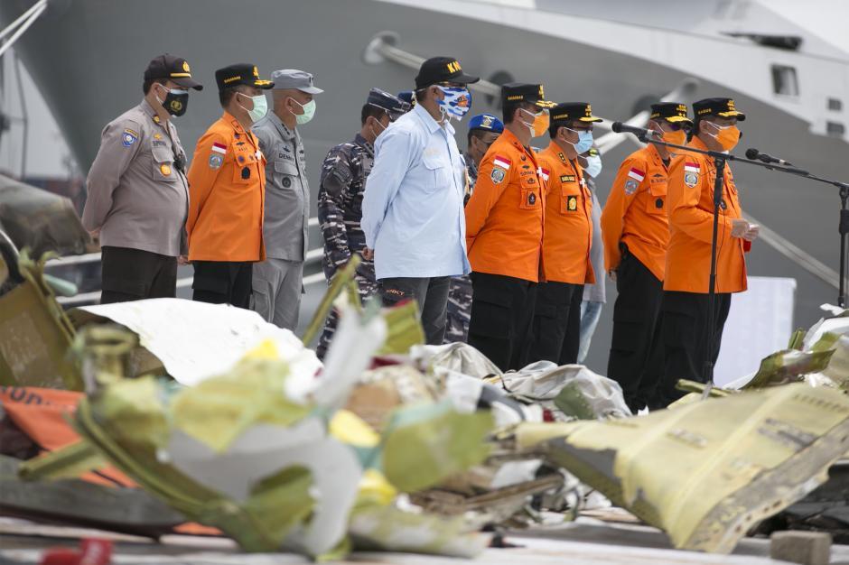 Operasi Pencarian dan Penyelamatan Sriwijaya Air SJ-182 Diperpanjang 3 hari-1