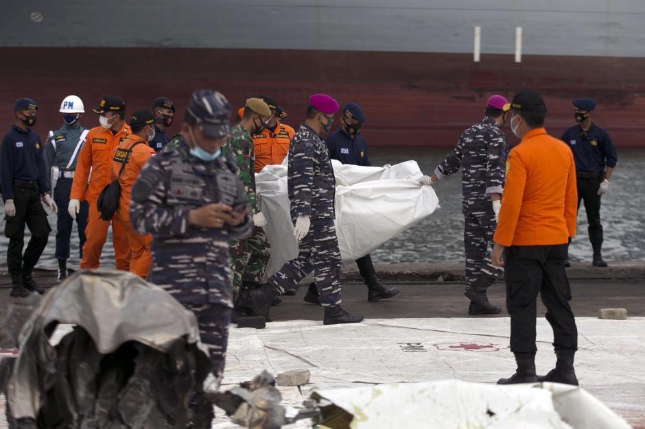 Hari Ke-7, Total 272 Kantong Jenazah Berisi Body Part Korban Sriwijaya Air SJ 182 Berhasil Dievakuasi-2