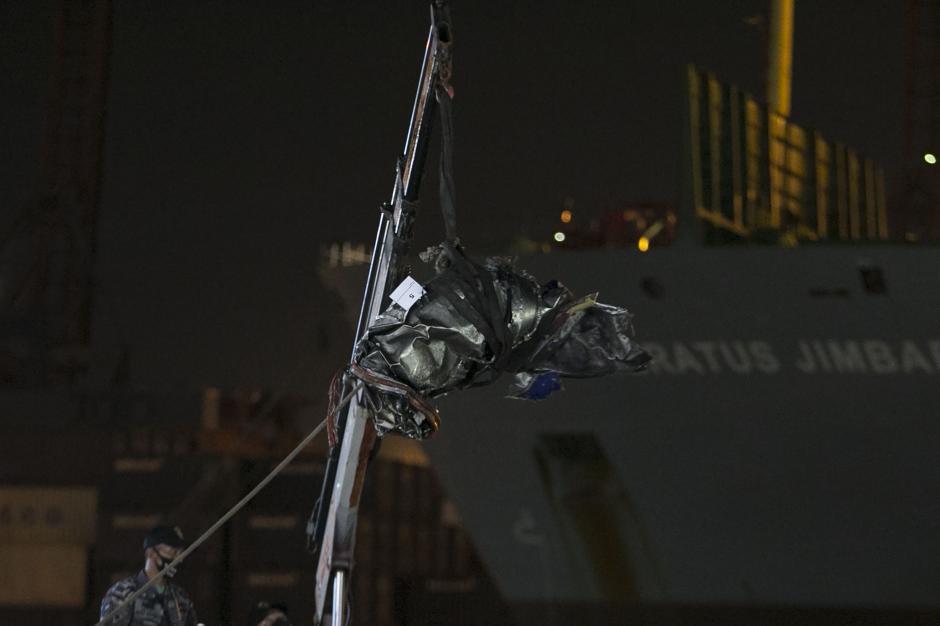 Turbin Pesawat Sriwijaya Air SJ 182 Kembali Ditemukan-0
