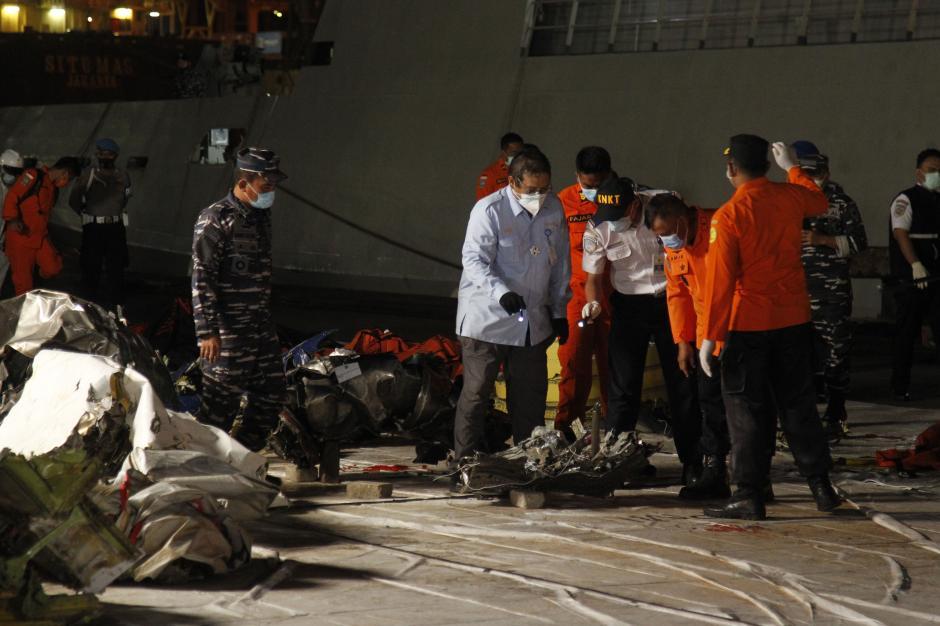 Tiba di JICT 2, Turbin Pesawat Sriwijaya Air SJ-182 Langsung Diperiksa KNKT-0