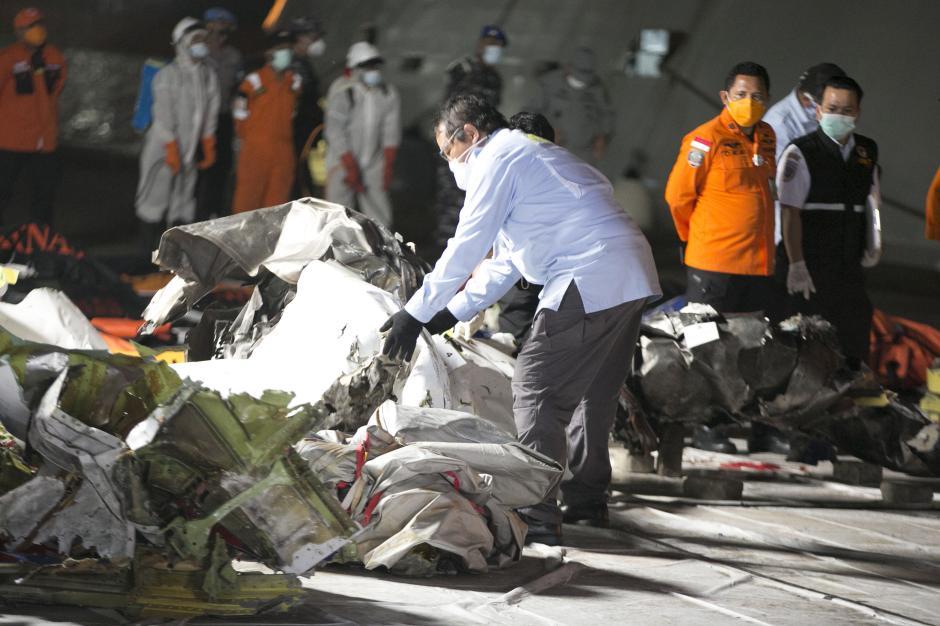 Tiba di JICT 2, Turbin Pesawat Sriwijaya Air SJ-182 Langsung Diperiksa KNKT-2