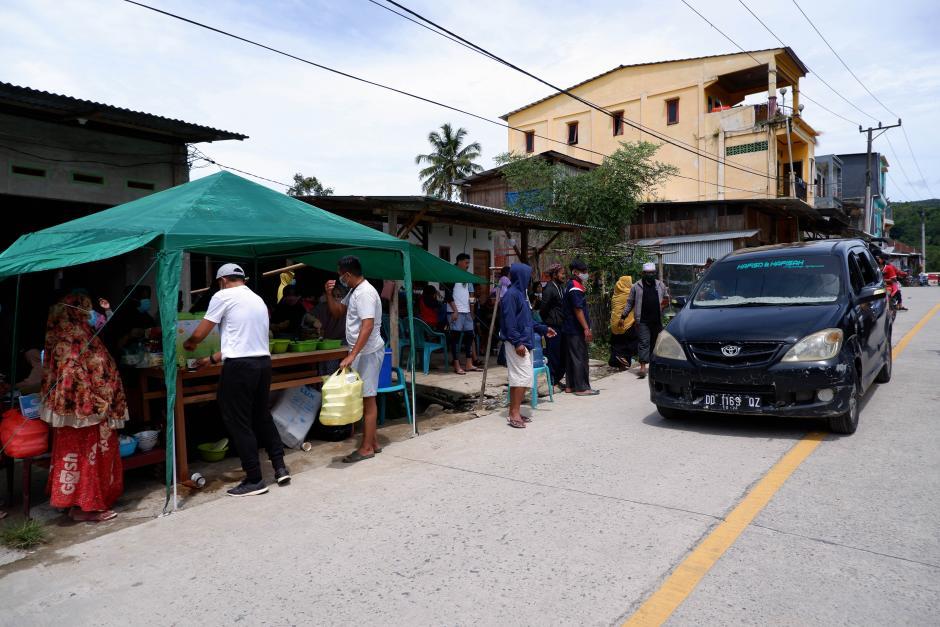 Warga Secara Swadaya Dirikan Posko Dapur Umum untuk Korban Gempa Mamuju-2