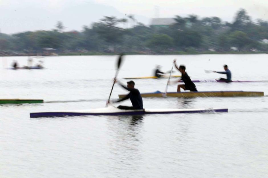 Persiapan Hadapi PON XX, Atlet Dayung Banten Berlatih Rutin di Situ Cipondoh-3