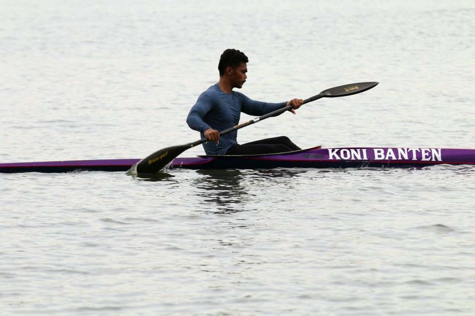 Persiapan Hadapi PON XX, Atlet Dayung Banten Berlatih Rutin di Situ Cipondoh-2