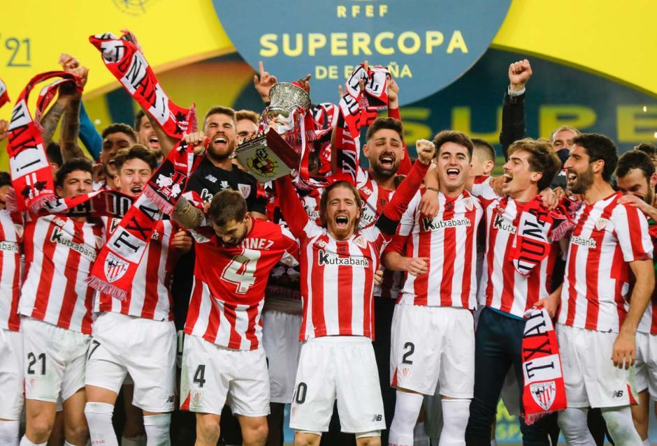 FOTO: Athletic Bilbao Raih Piala Super Spanyol Usai...