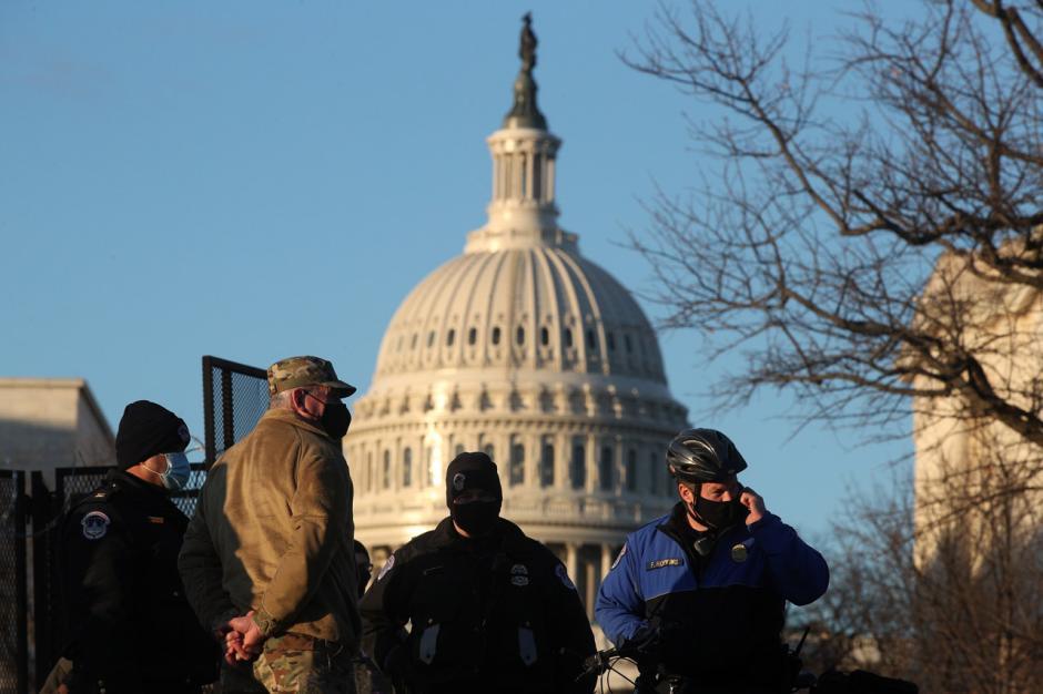 Gedung Capitol AS Dijaga Ketat Jelang Pelantikan Joe Biden-2