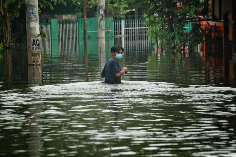Banjir Rendam Permukiman Warga di Kawasan Antang Blok 10 Makassar-1