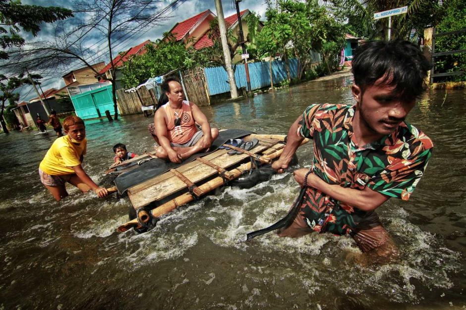 Banjir Rendam Permukiman Warga di Kawasan Antang Blok 10 Makassar-4