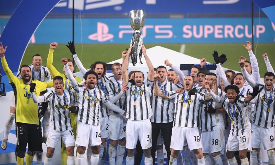 Juventus Raih Piala Super Italia Usai Tundukkan Napoli 2-0-4