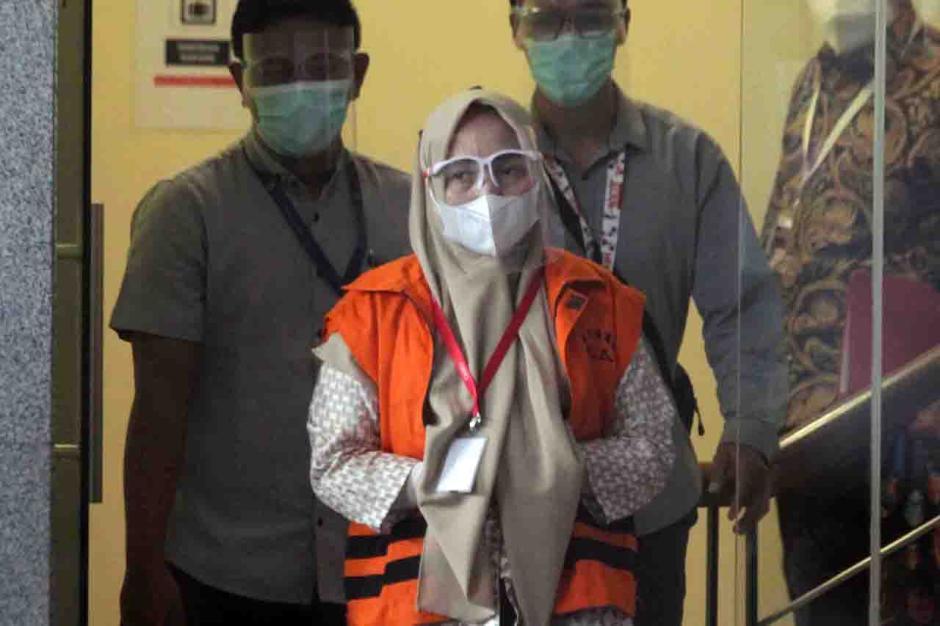 Jadi Tersangka Korupsi Pengadaan Citra Satelit, KPK Tahan Komut PT AIP Lissa Rumi-3