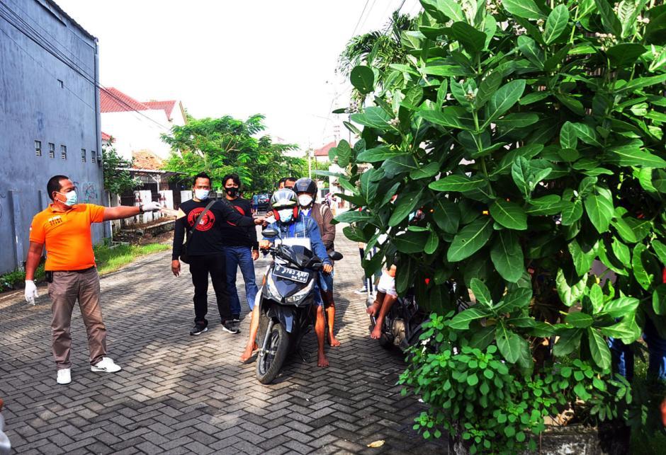 Polisi Gelar Reka Ulang Aksi Perampokan Setengah Miliar di Semarang-3