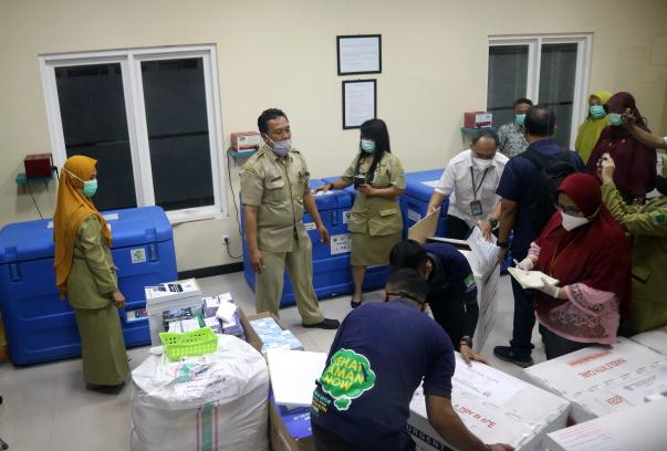 10.240 Vaksin Covid-19 Tiba di Dinkes Kota Malang-3