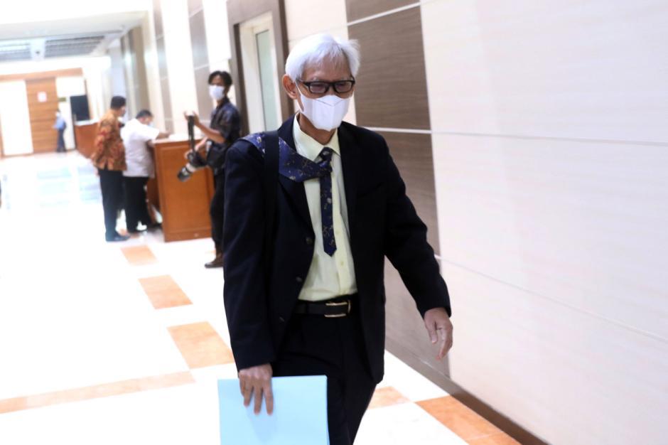 Diduga Lakukan Plagiat, Komisi III Hentikan Fit Propert Test Calon Hakim Agung TUN Triyono Martanto-0
