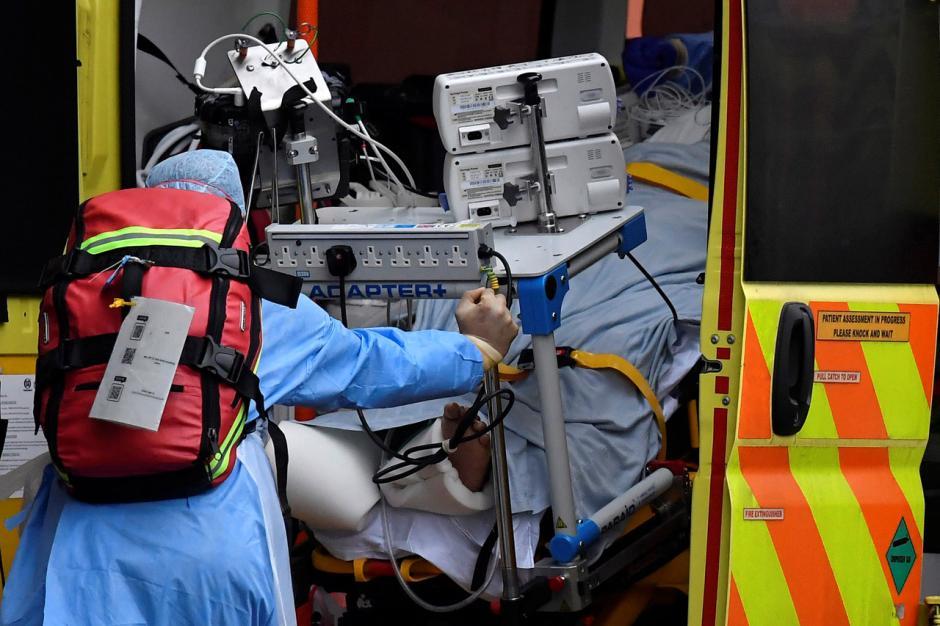 Angka Kematian Akibat Covid-19 di Inggris Melampaui 100 Ribu-1