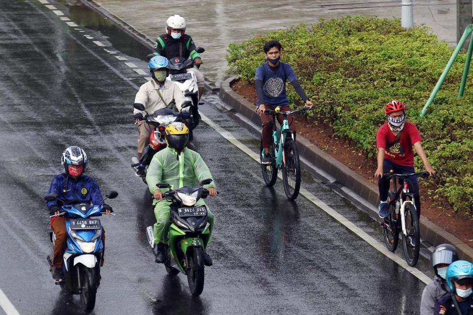 Pemprov DKI Akan Permanenkan Jalur Sepeda di Jalan Sudirman-Thamrin-3