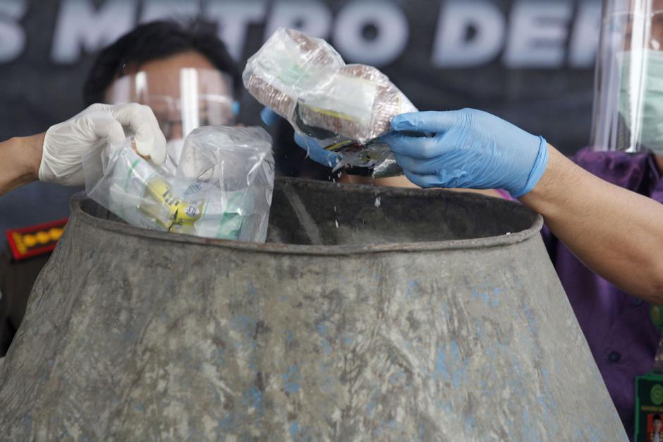 Polres Depok Musnahkan 302 Kg Sabu Asal Jaringan Narkotika Internasional-0